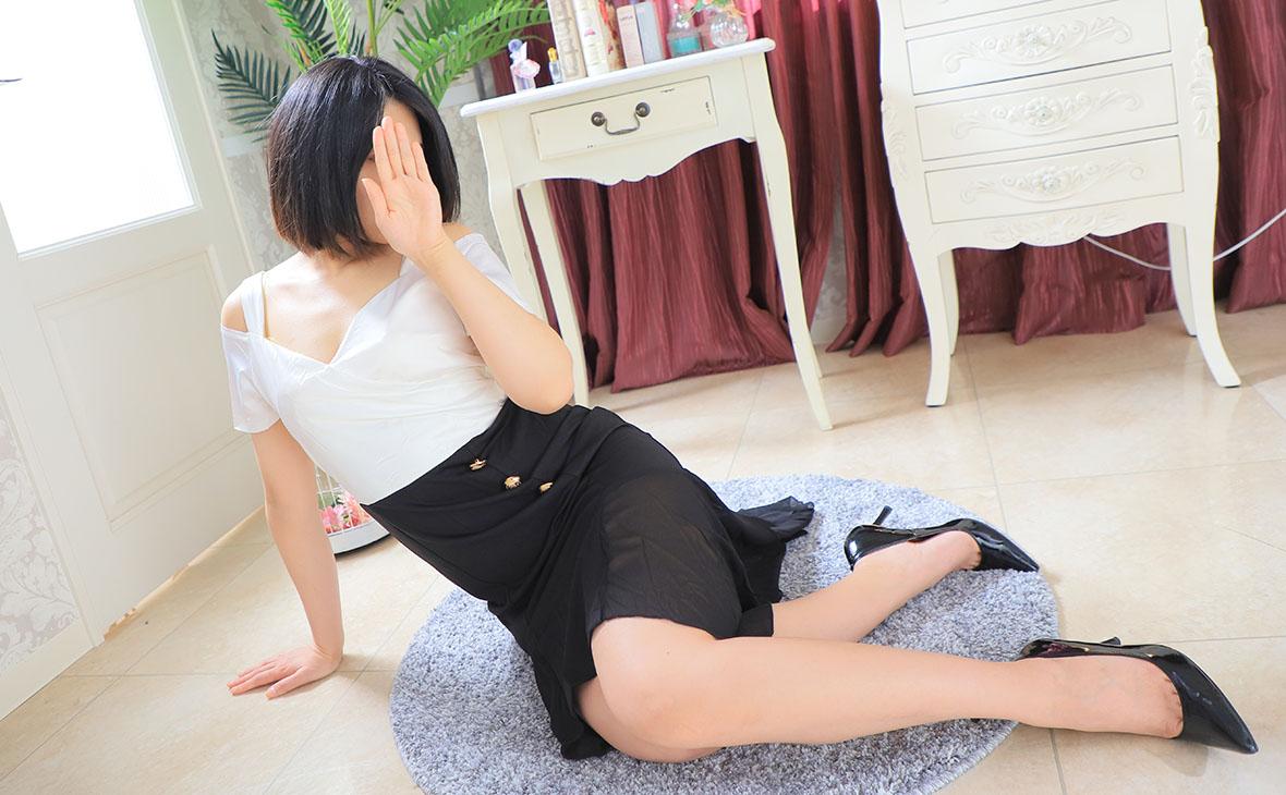 上品な美肌レディー-Izumi
